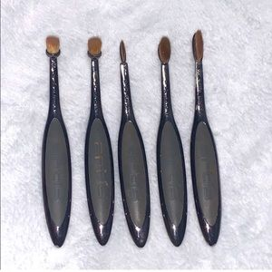 AUTHENTIC ARTIS MAKE UP BRUSHES